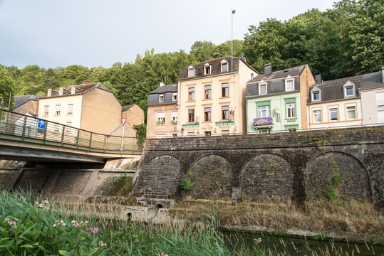 On the Alzette bank