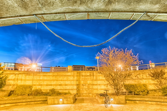 Glacis underpass