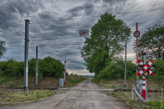 Railroad crossing near Messancy
