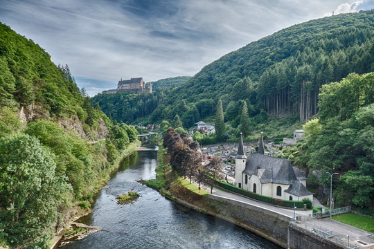 Over the Our river to Vianden