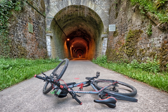 Tunnel on PC 12