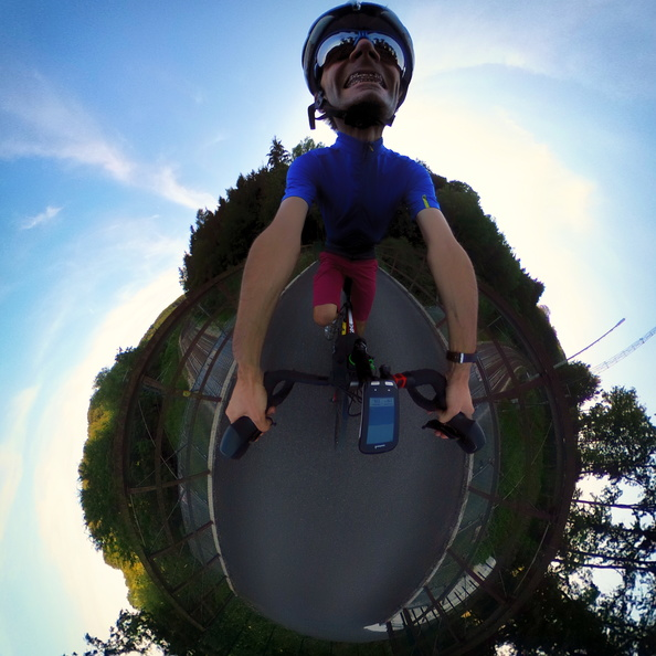 360 panorama while cycling