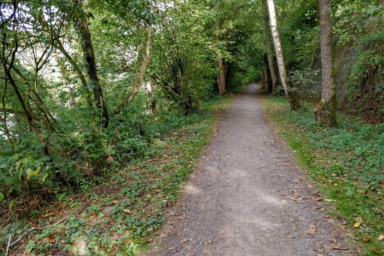 One of the very short unpaved segment
