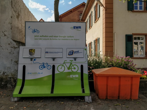 E-bike charging station in Rheindürkheim
