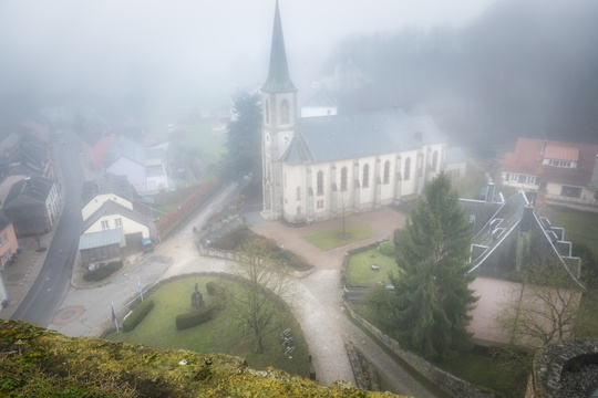 Foggy Useldange