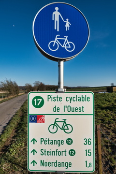 PC 17 sign near Niederpallen