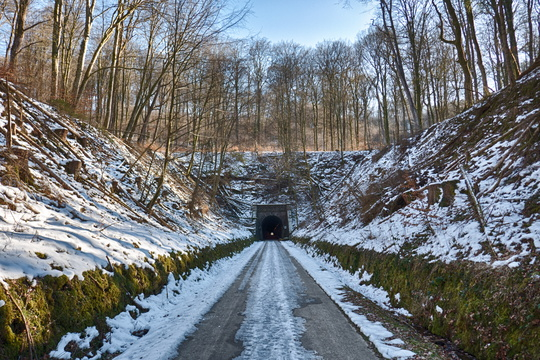 Hovelange tunnel during winter