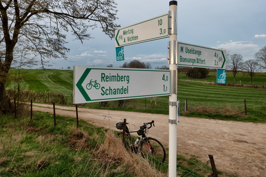 Cycling directions near Schandel