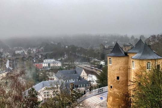 Trois Tours  and fog behind Clausen