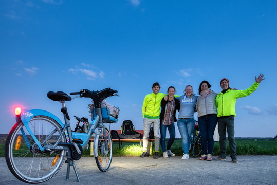 Group picture for full moon ride