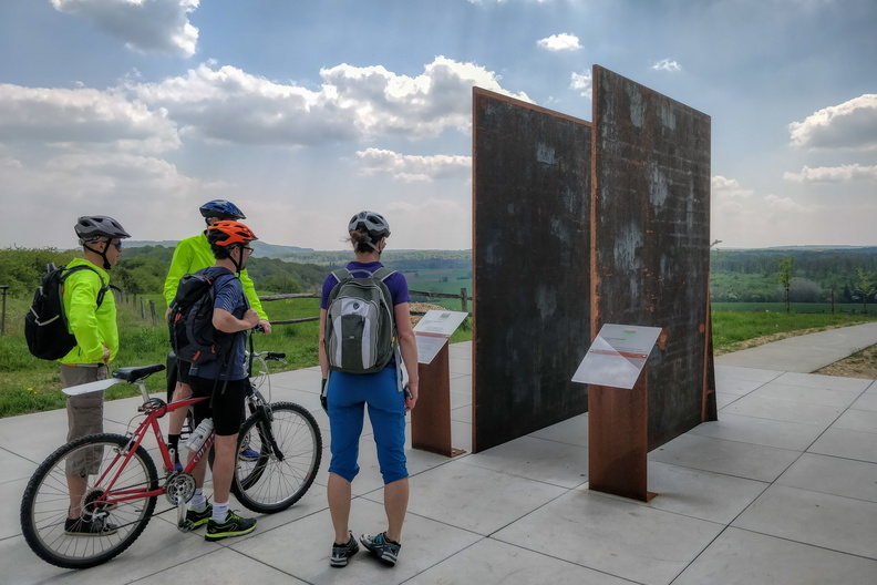 Road victims memorial