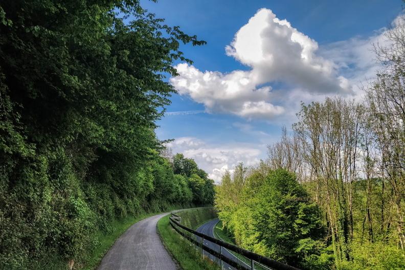 Bike way, elevated
