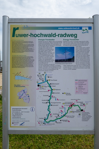Ruwer-Hochwald-Radweg information board near Reinsfeld