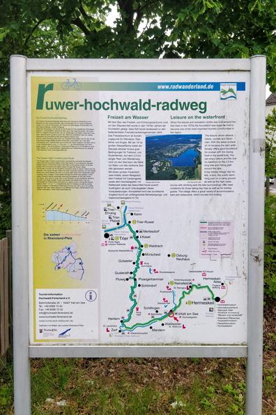 Ruwer-Hochwald-Radweg  information board near Kell am See