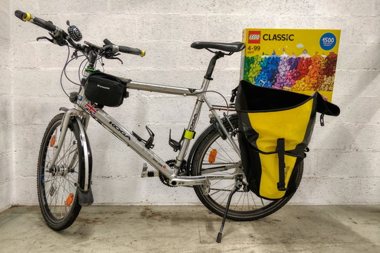 Transporting LEGO on a bike