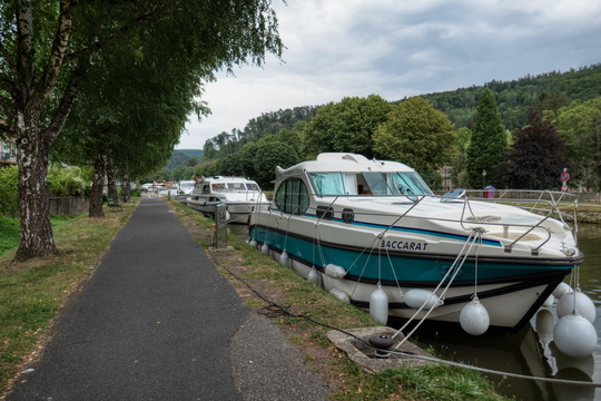 Boats on the canal in Lutzelbourg