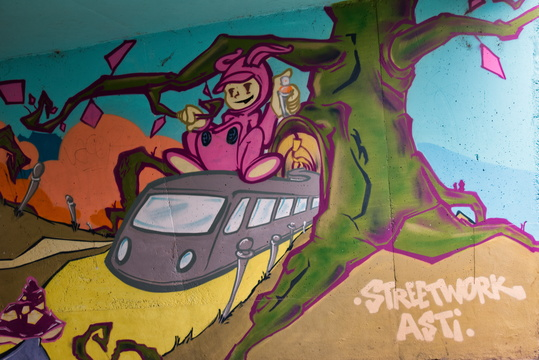 Mural on train underpass in Weimerskirch