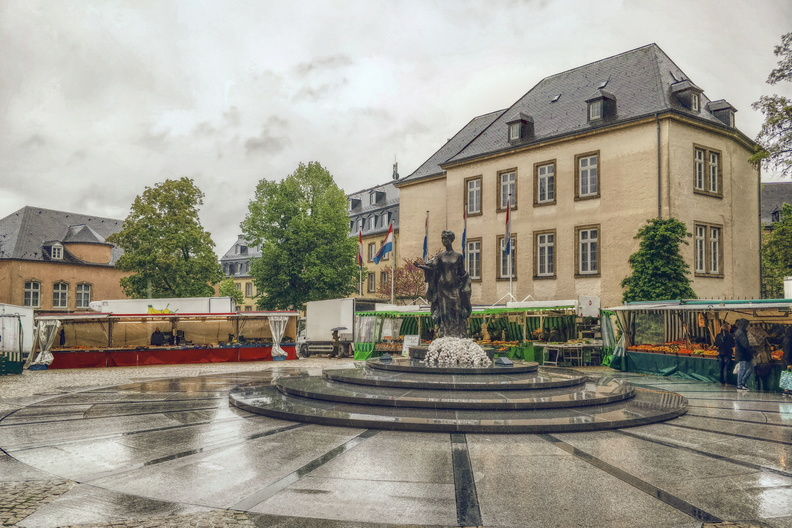 Rain at the market