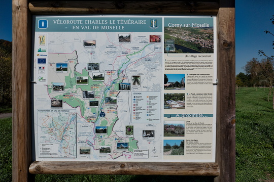 Map and information board in Corny-sur-Moselle