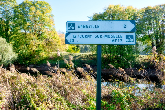 Cycling directions near Novéant-sur-Moselle