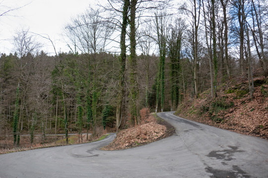 Winding road near Kopstal