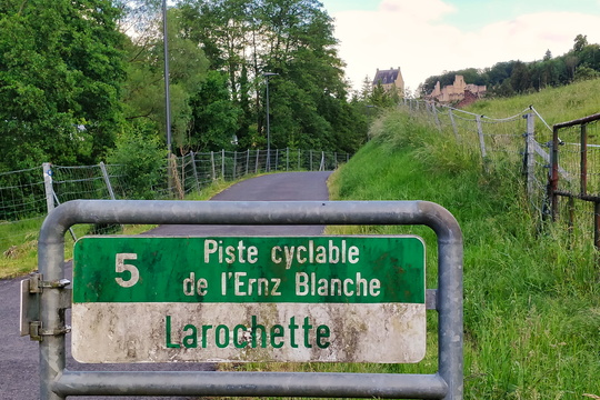 Arriving in Larochette