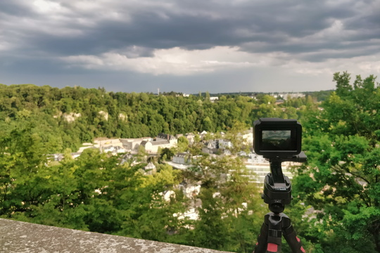 Making a time lapse movie of the coming thunderstorm