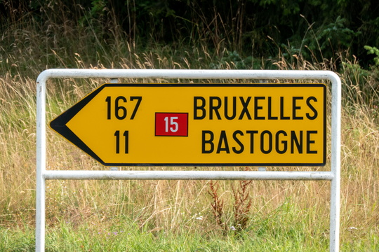 3 digits distance signs are not common in Luxembourg