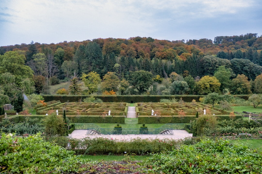 New castle of Ansembourg's gardens
